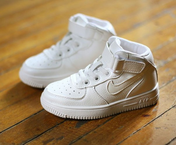 Высокие детские кроссовки Nike Air Force 1 Hi Kids купить недорого в ... c70cd1cf193