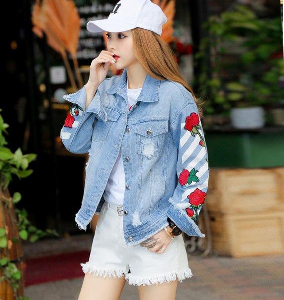 a73efabb0f2 Джинсовая куртка с полосками и вышивкой - женская купить недорого в ...