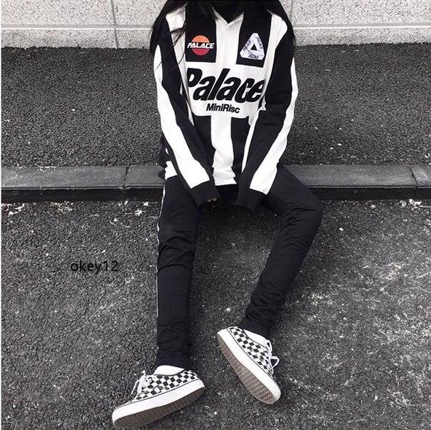 ccc4dd266 Выбираем онлайн-магазин молодежной одежды