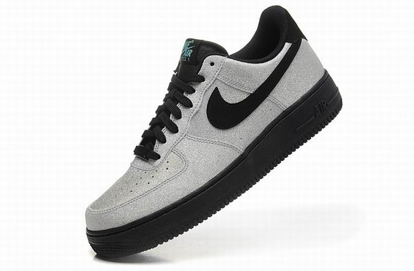 Nike Air Force 1 LV8 Low фото