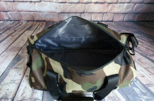 187d1e421e1a Большая спортивная сумка Supreme купить недорого в интернет-магазине MOD