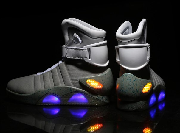 d57ca141 Высокие мужские кроссовки со светящейся подошвой Led купить недорого ...